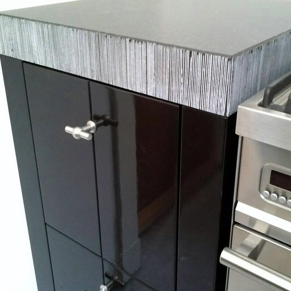Natuursteen Tablet Keuken : frijnen-gefrijnde-rand-belgisch-hardsteen-natuursteenstunter